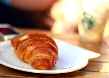 Businesses invited to Breakfast with the Professionals event